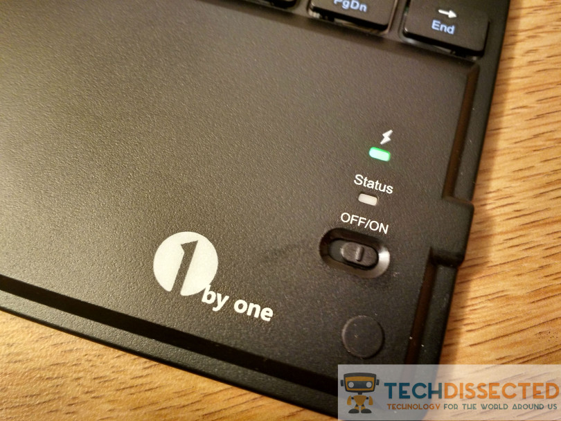 1ByOne Bluetooth Keyboard And Touchpad Image 2