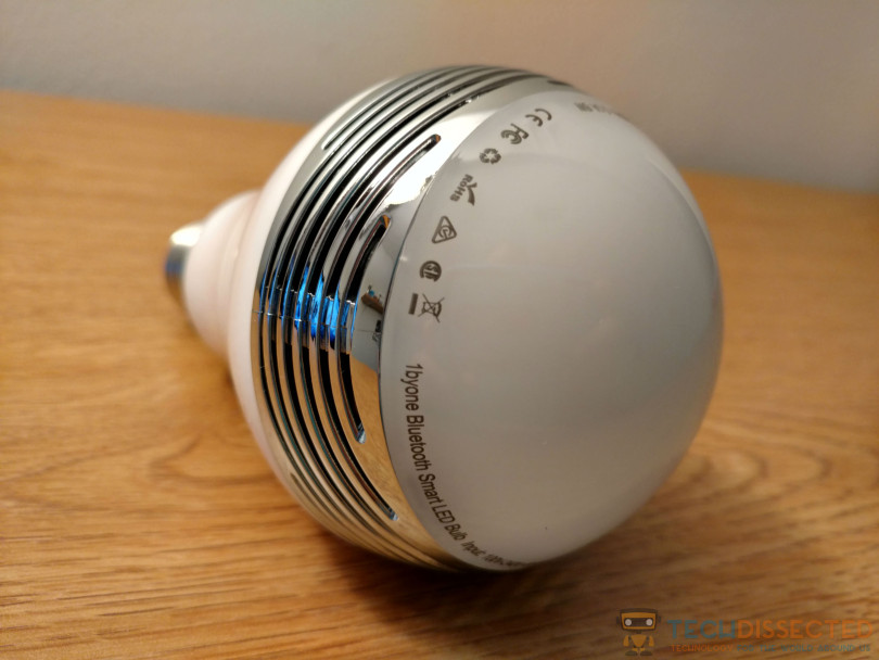 1ByOne Smart LED Bulb Image 1