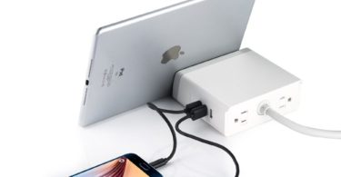 EasyACC 3-Port USB Charger Image 4